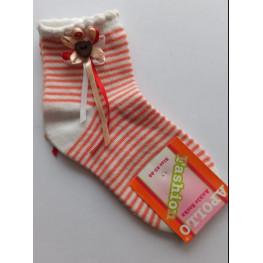 Meisjes sokje off-white met streepjes en strikje/knoopje