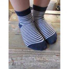 Meisjes sokje, marineblauw met witte streepjes